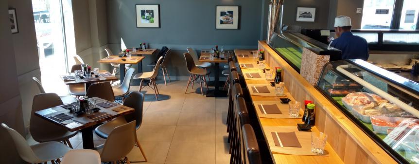 Intérieur restaurant express japonais plan de campagne