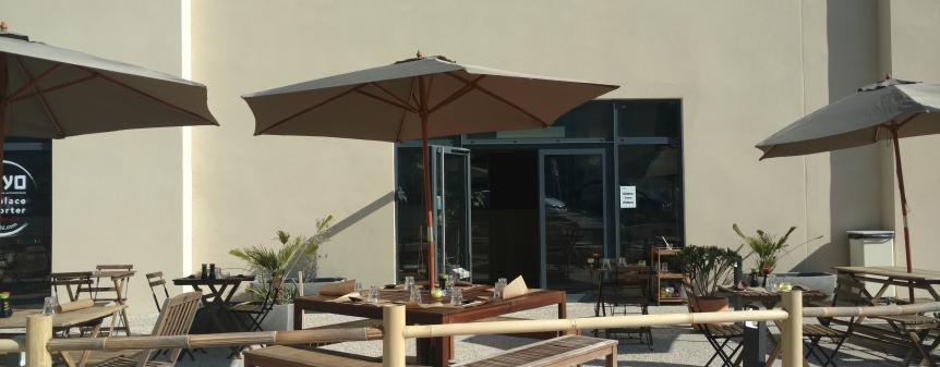 Terrasse restaurant express japonais plan de campagne